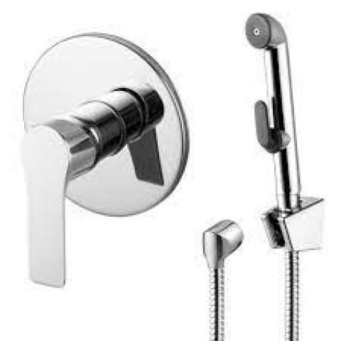 KUCERA набор (смеситель скрытого монтажа с гигиеническим душем) купить за 6 030 руб. в Симферополе